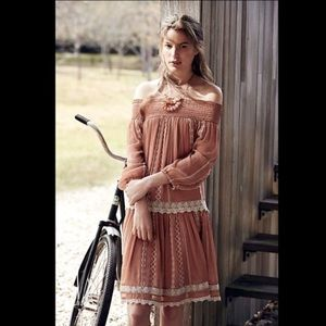 NWOT Anthropologie Floreat dusty pink lace dress